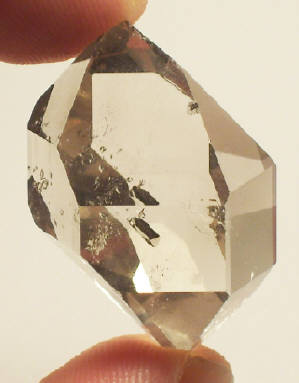 herkimer single personals Any theory that seeks in explaining the formation of herkimer diamonds must take into account all the different quartz habits  herkimer diamond singles in .